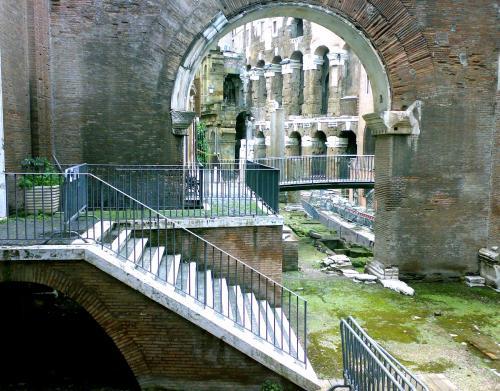 transenne antiche e ringhiere romane