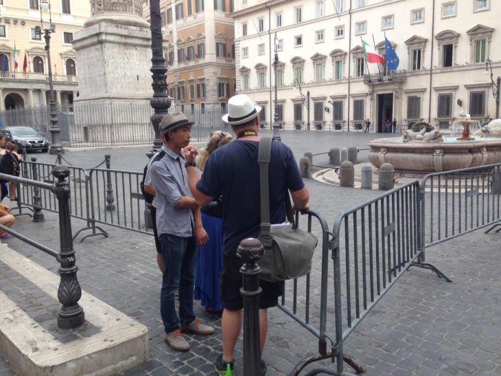 turisti e transenne